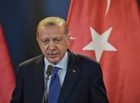 Erdogan mást gondol a kerítésépítésről, mint Orbán
