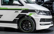 7 üléses támogatás és zöld rendszám: nagycsaládos álomautó lehet ez az új Transporter