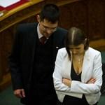 A romantikának nincs helye a parlamentben