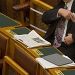 Nem lesz népszavazás arról, ellenőrizzék-e a vagyonnyilatkozatok valóságtartalmát