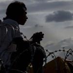 Szijjártó külön migránsegészségügyi ellátást vezetne be