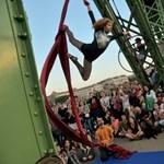 A civilekkel teli Szabadság híddal büszkélkedünk a világnak