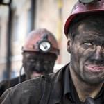 A nők a bányában dolgoznak - 21 ezer bányásznőt venne fel a cég