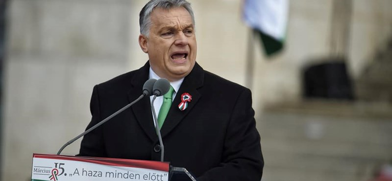 Gyorsan eltüntették a Momentum üzeneteit, amiket Orbánnak címeztek március 15-re