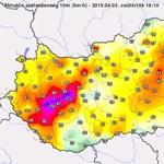 110 kilométer/órás szél fújt a Balatonnál