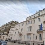 Londoni ügyvédi irodát fizet a magyar nagykövetség, hogy nyomást gyakoroljon a nemzetközi lapokra