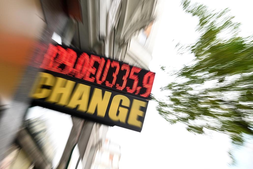valuta árfolyam, euró, euro, change, valutaváltó, pénz. fotó