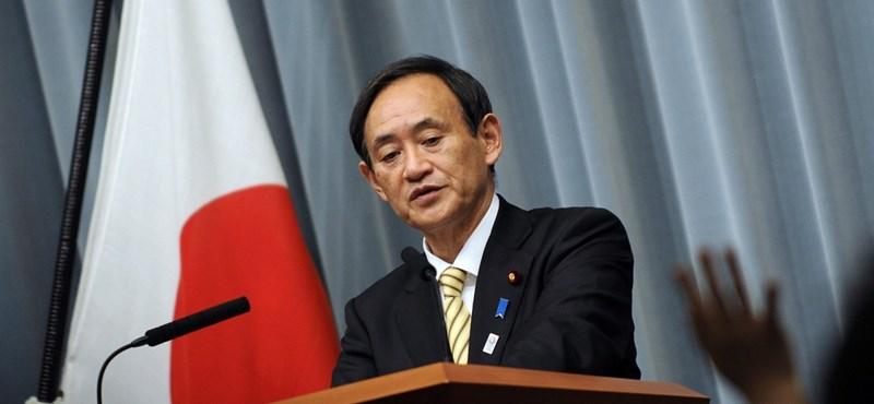 Szuga Josihide az új japán miniszterelnök