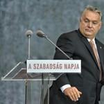 Orbán: Az alkotmány tiltja a koronázást