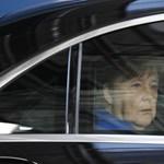 Merkel: Politikai vezetőknek nem szabad igazságként tálalniuk hazugságokat