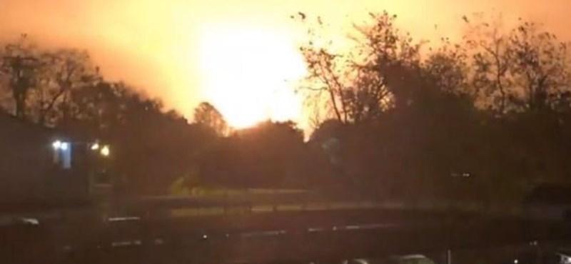 Újabb robbanás volt a texasi vegyi üzemben, tízezreket költöztetnek ki