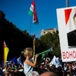 Orbán antidemokratikus bohóckodásáról ír a Post újságírója