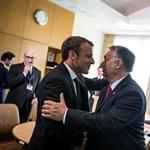 Gyűlölet vagy tisztelet sugárzik Orbán szeméből ezen a képen?