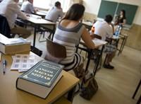 Angoltanulás az iskolában: a diákok és szülők szerint nem kapnak valós tudást