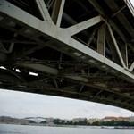A Petőfi híd tönkrement, de legalább két év, mire hozzáfognak a javításhoz
