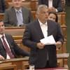Szemkilövetőzött Orbán a Parlamentben