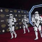 """""""A legjobb Star Wars-mozi 1983 óta"""" - bemutatták Az ébredő Erőt"""