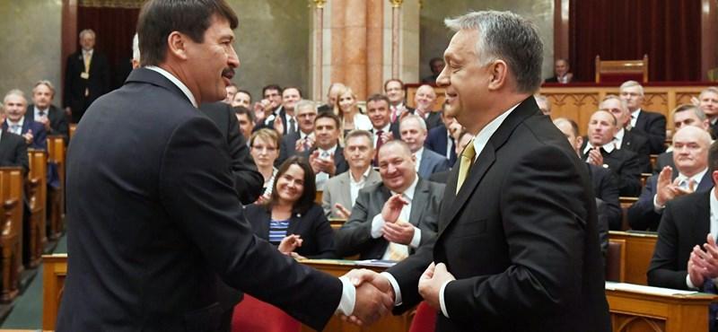 És akkor Orbán bemondta, hogy tizenkét évig még övé az ország