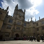 Több időt kaptak a vizsgákon a nők Oxfordban