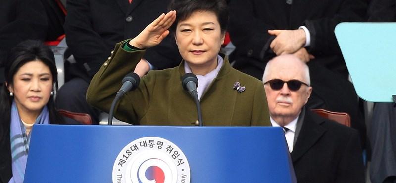 Durvul a dél-koreai korrupciós botrány