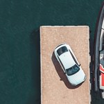 Az 530 lovas Audi RS5 mellé egy 800 lóerős motorcsónakot is ad az Abt cég