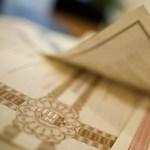 A bankok és a pénzes ügyfelek jártak a legjobban a magyar állampapírokkal