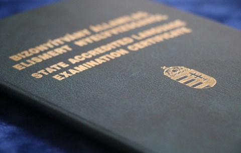 Rekordkevés vizsgázó: kikészítheti a visszaesés a nyelvvizsgaközpontokat?