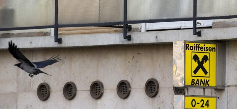 """""""Az évszázad rablása"""": a Raiffeisen 32 bankautomatáját fosztották ki egyszerre, egyetlen gombnyomással Romániában"""