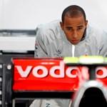 Hamilton elismerte: gondok vannak a McLarennel