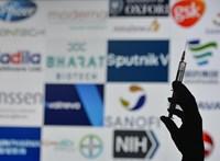 Az amerikai külügy is megerősítette, hogy orosz oldalak álhíreket terjesztenek a Pfizer és a Moderna vakcináiról