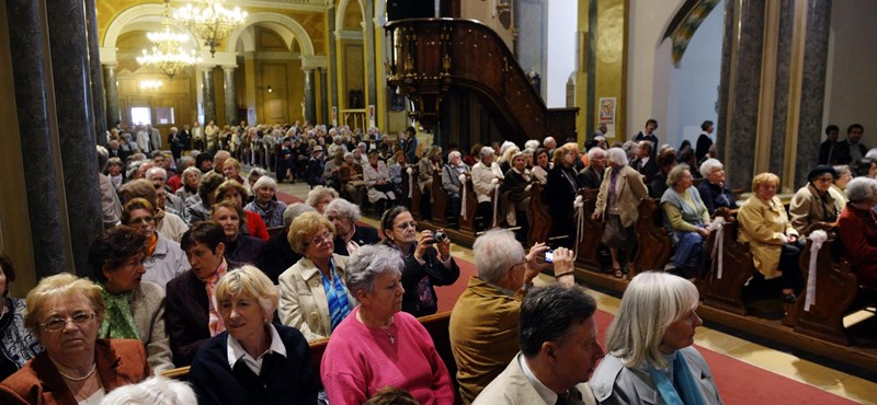 Szabadon kampányolhatnak a papok a választások előtt