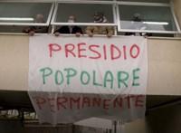Nyugdíjas orvosok foglaltak el egy bezárt kórházat Olaszoszágban - videó