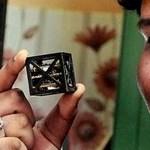 Egy 18 éves indiai fiú összerakta a világ legkisebb műholdját, amit a NASA fel is lő az űrbe