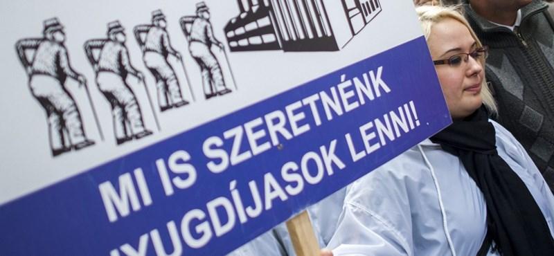 Nyugdíj: a nők40 győzelemhez segítette őket, a férfiak40 miatt prüszkölnek Orbánék
