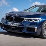 Újítanak a bajorok: erősebb az új BMW M550i, nagyobb aksis a hibrid 530e