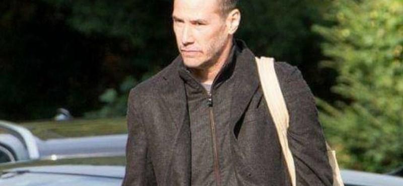 Keanu Reeves levágta a haját a Mátrix 4-re