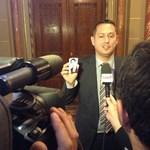 Csurkától a Fideszen át az MSZP-ig – Molnár Zsolt pályája