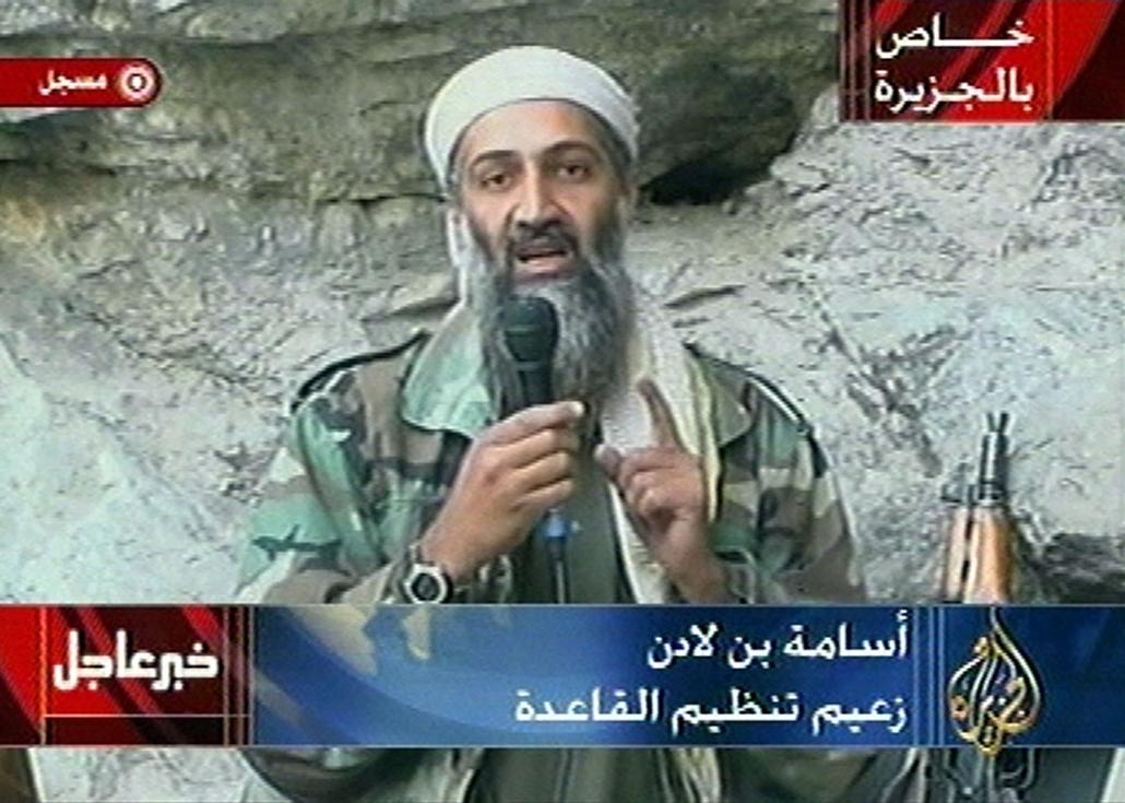 Oszama bin Laden kijelenti az Al Jazeera tévének eljuttatott kazettában, hogy a hitetlen amerikaiak nem érezhetik biztonságban magukat, míg el nem hagyják a Mohamed országát.