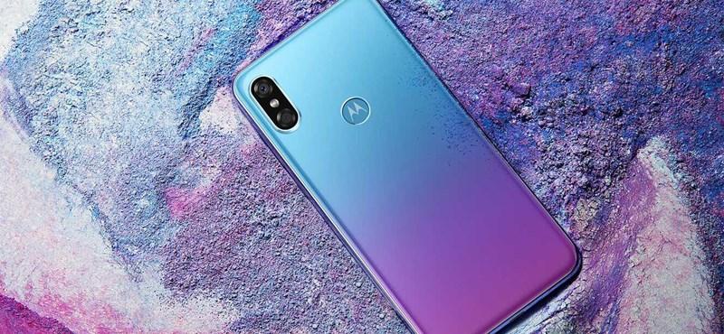 Tudja, mi lesz, ha keresztezzük az iPhone X-et a Huawei P20 Próval? A Motorola megcsinálta