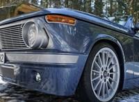 Modern nosztalgia: egy új BMW, ami a 70-es évekbe repít vissza