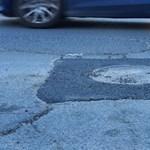 Happy end: megjavították a hányatott sorsú solymári úthibát