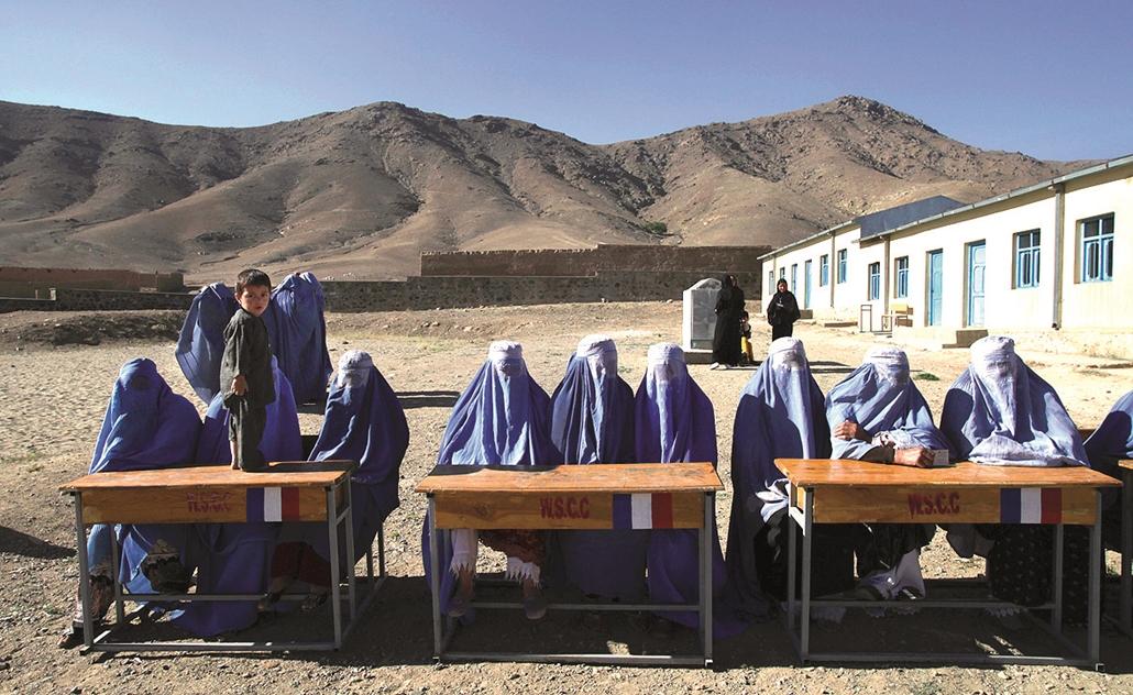 38 afganisztán
