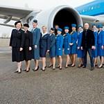 A legextrább stewardess egyenruhák