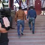 Videó: kisebb szájkarate is volt a Népszabi székházánál