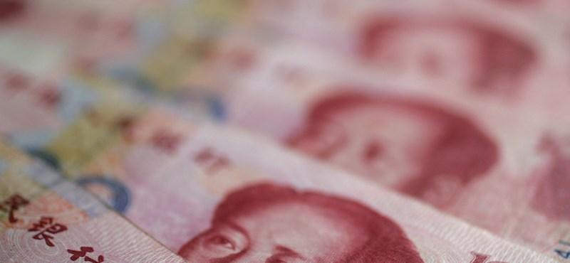 A kínaiak egy év alatt négyszer annyi pénzt fektettek be külföldön, mint amennyit Magyarország megtermel