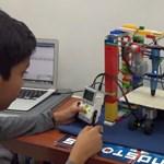 Legóból épített 3D-nyomtatót egy 12 éves gyerek