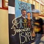 Egy református iskola költözhet a váratlanul bezárt Janikovszky épületébe