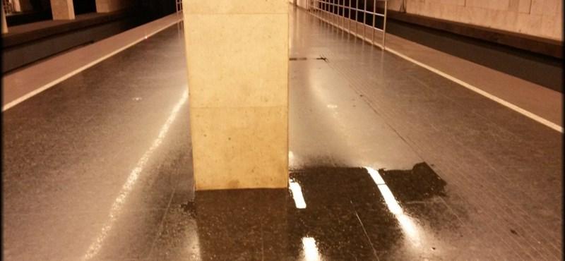 Fotó: beázott a 2-es metró
