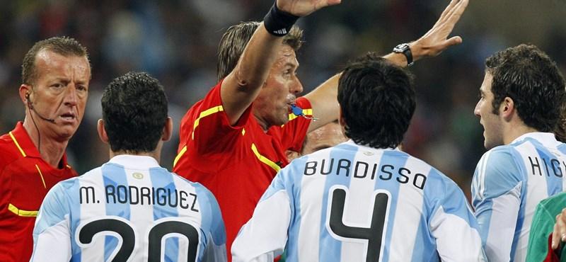 Lehallgatott focibírók – így születnek a hibák