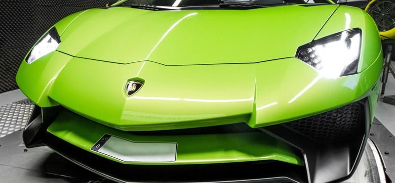 Így kell szakszerűen tuningolni a legerősebb Lamborghinit